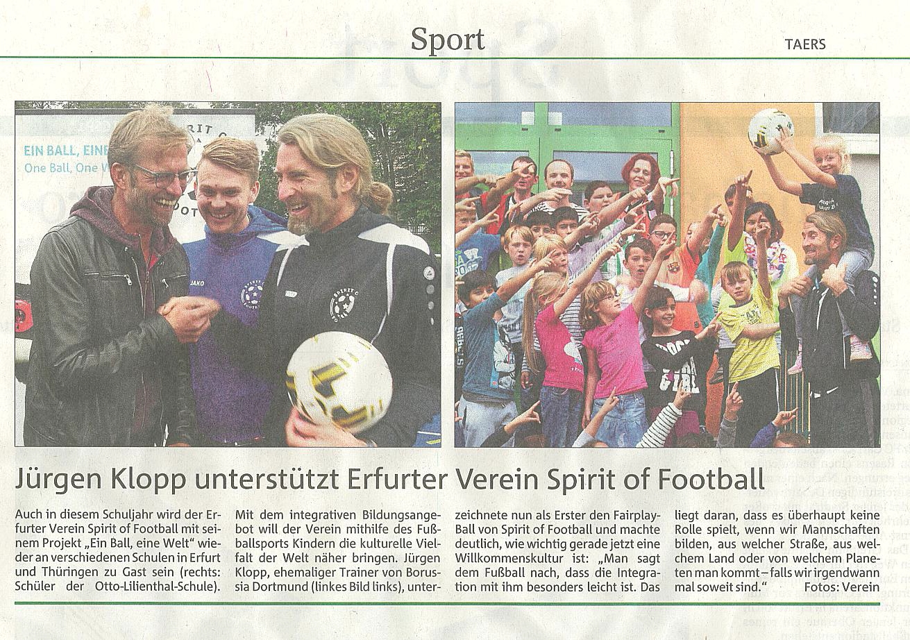 Jürgen Klopp gibt Anstoß für Ein Ball, EIne Welt