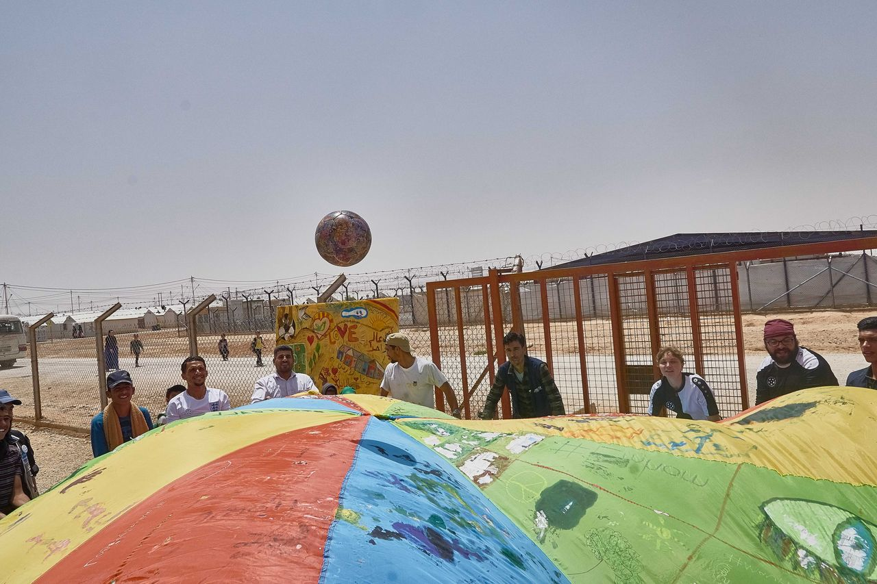 THE BALL im Azraq - Camp