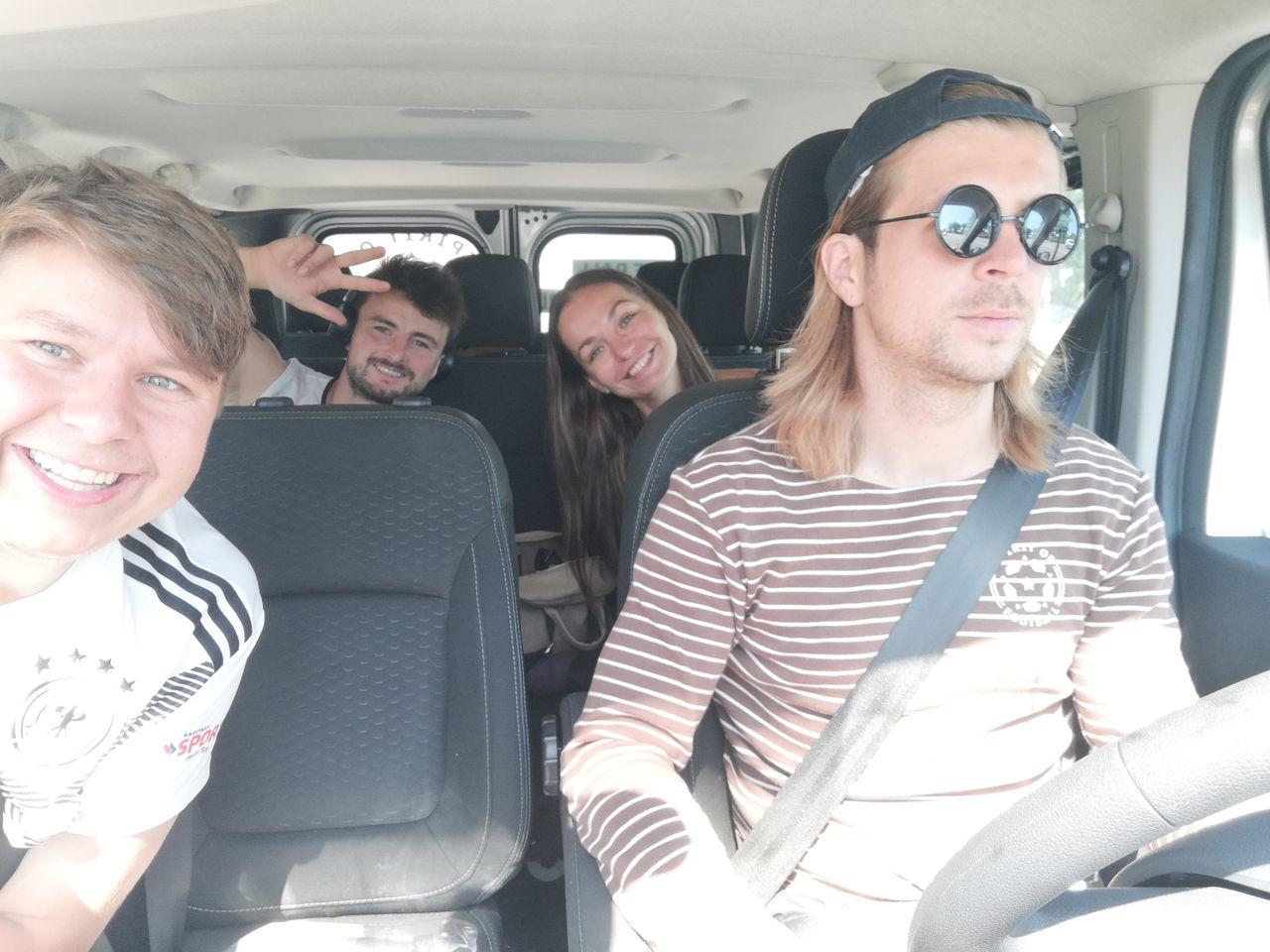 Das Team: Benni, Benny, Anastasia und Martin