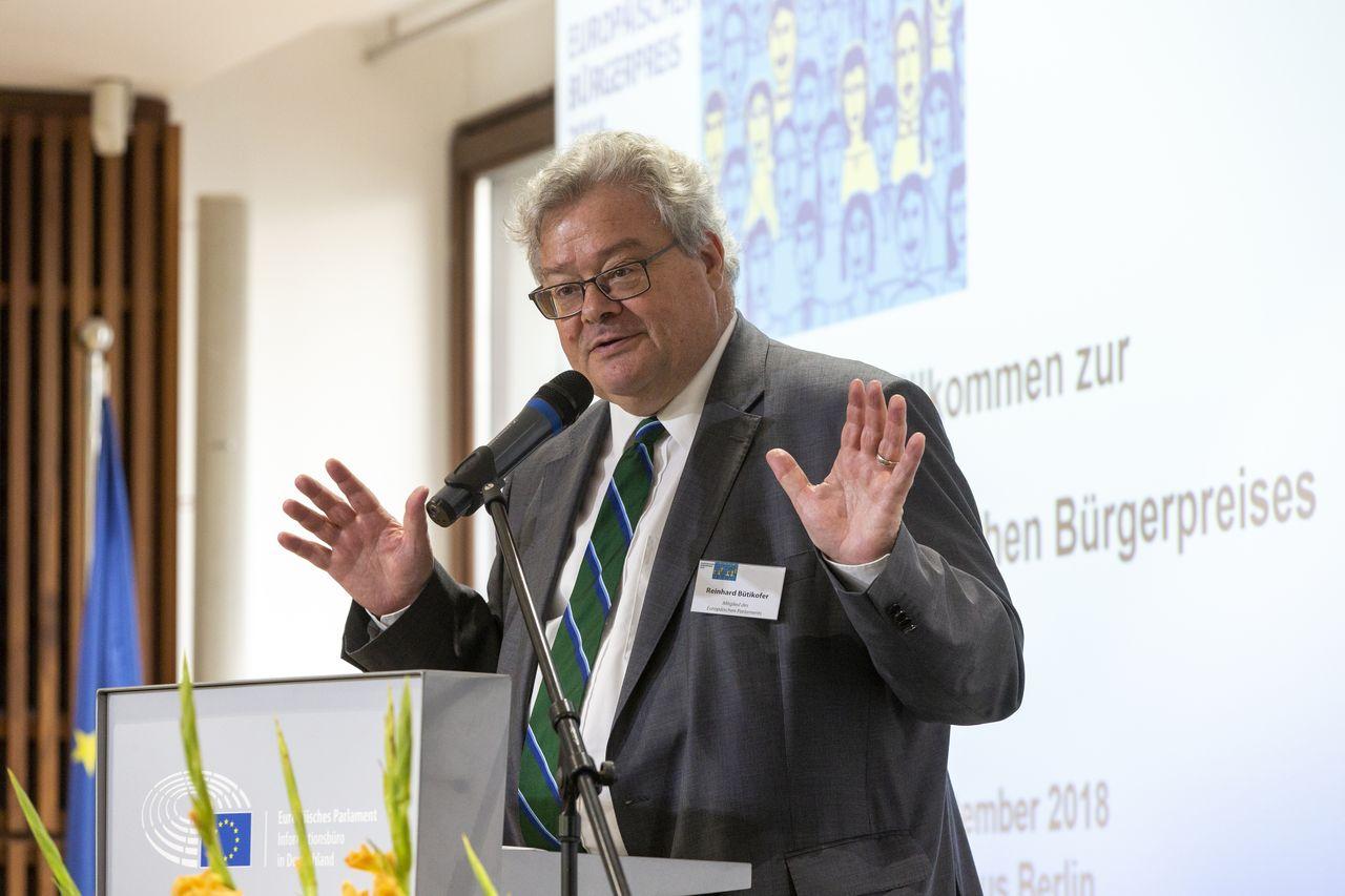 MEP Reinhard Bütikofer bei der Laudatio. Foto: Christian Thiel