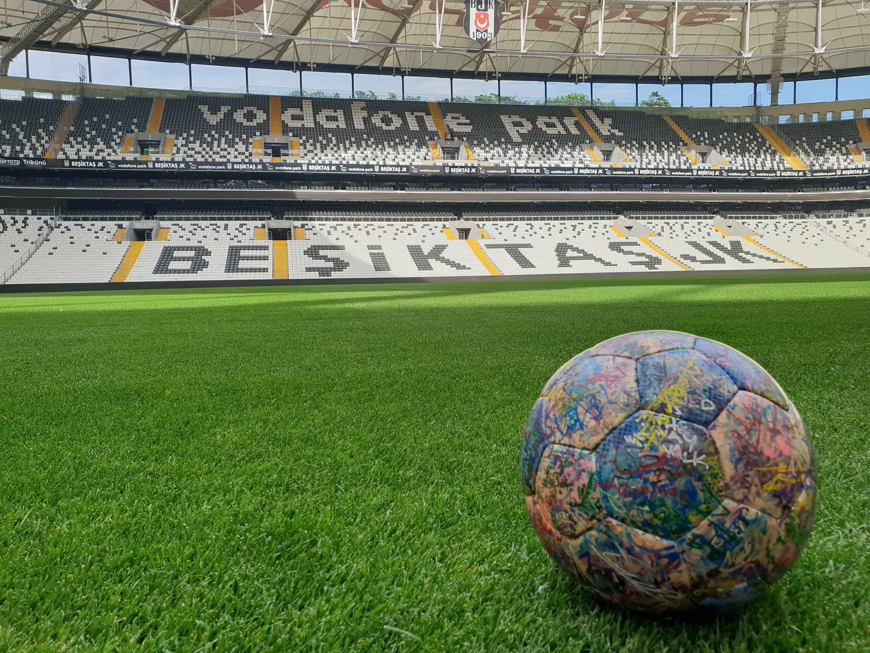Tha Ball @ Besiktas Stadium